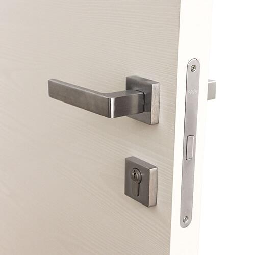 serratura yale per porte